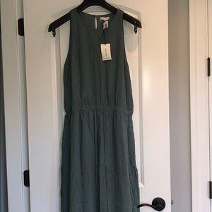 Aritzia Babaton maxi dress